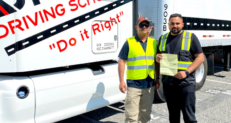Becoming A Truck Driver: Some Pros & Cons To Help You Decide